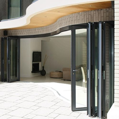 OPT100 faceted folding doors