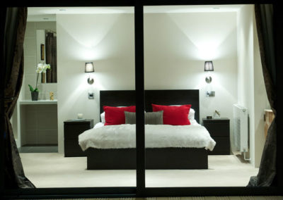 OPT-LG bedroom
