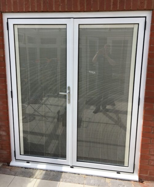 Lincoln aluminium French doors with blinds